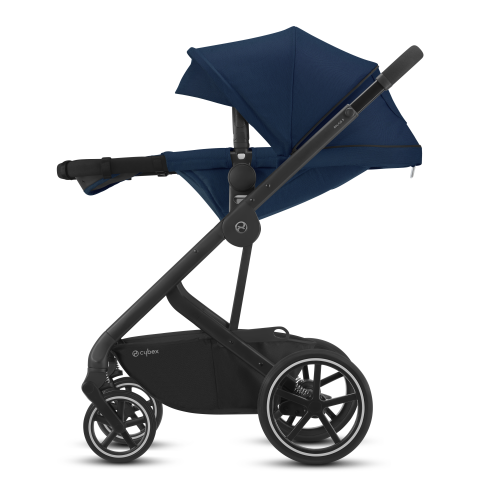 https://images.cybex-online.com/image/upload/f_auto,w_480/cbo/functionality_92_balios-s-2-in-1_661_one-hand-recline-function-into-full-lie-flat-position_en-en-5dea524fc08e6
